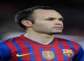 لعبة تلبيس لاعب برشلونة انيستا