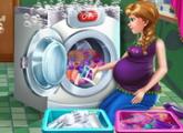 لعبة آنا الحامل يوم الغسيل