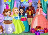 لعبة الملكة ميراندا وحفلة عيد ميلاد