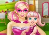 لعبة سوبر باربي و اللعب مع طفلتها
