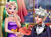 لعبة حفل زفاف السا فى الصالة
