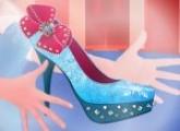 لعبة تصميم احذية السا ملكة الثلج