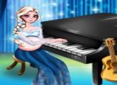 لعبة الحامل السا تعزف على البيانو
